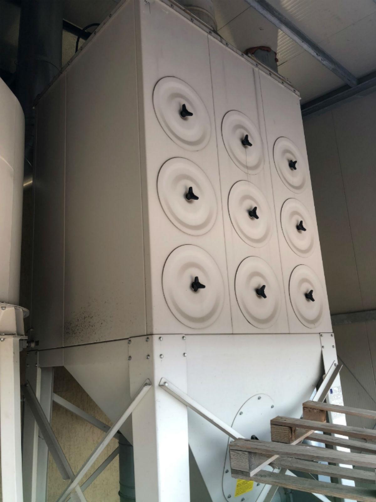 Filtro Usato Atex a 9 cartucce completo di ventilatore